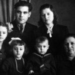 Анатолий и Мария Хворовы, Галина Белоусова и Алла Мамедова, Валерий Хворов, Александра Вдовина