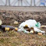 Как всегда на против заправки кучи мусора, которые выбрасывают дальнобойщики