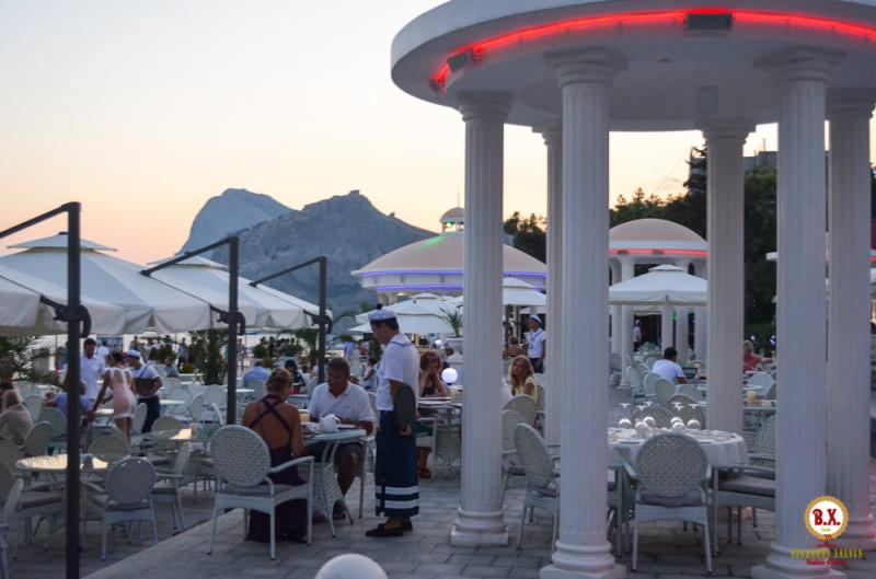Ресторанчик с видом на море